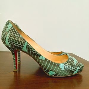 Snakeskin Size 37 Louboutin Heels